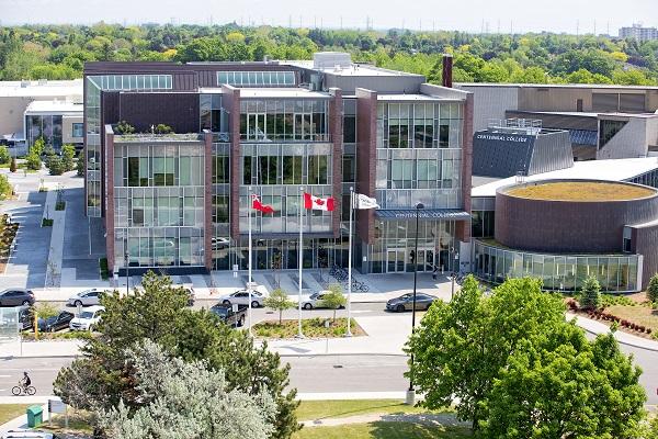 Centennial College Estudo No Exterior